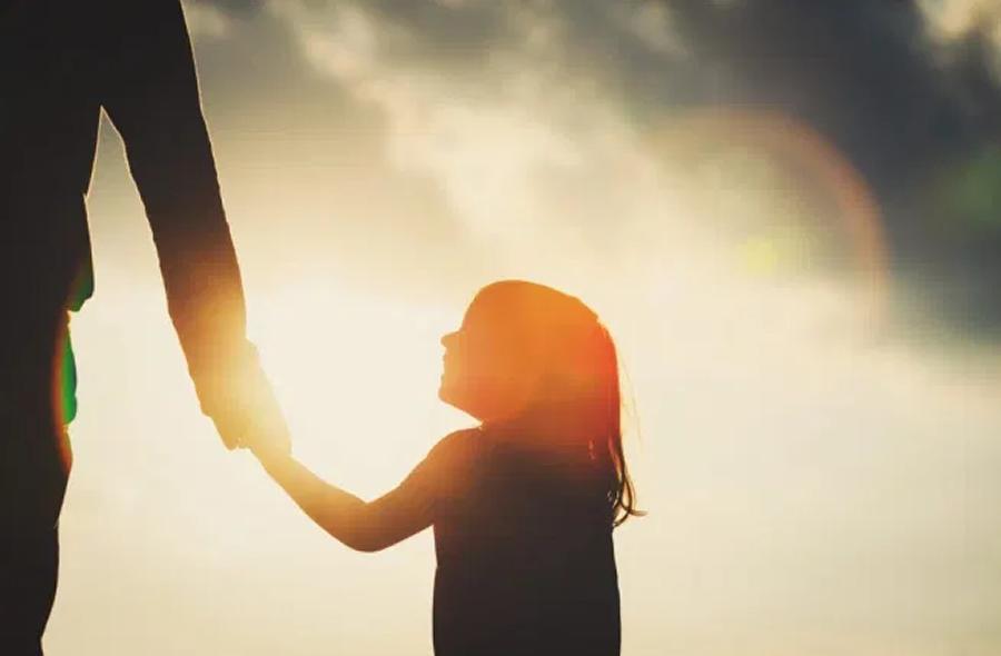 Sostegno alla genitorialità, rapporto genitori e figli